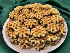Oreo Cupcakes, Macaroni And Cheese, Waffles, Biscuits, Good Food, Food And Drink, Sweets, Cooking, Breakfast