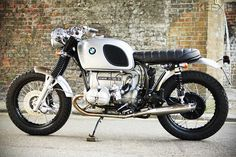 You know you're doing something right when you're based in London and get a commission from a German enthusiast to build a BMW. The compliment was paid to Untitled Motorcycles and this is the result: a very classy 1975 BMW R90/6 custom. Untitled built the machine for Antonius from Essen. And it was no easy…