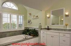 Bathtub Repair and Bathtub Refinishing By Super Glaze.