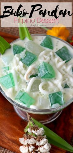 Pandan Salad Buko Pandan salad is a Filipino dessert from young coconut meat and Pandan-flavoured jelly that is very easy to make. Try this special Buko Pandan Salad recipe with added tapioca/sago pearls, kaong and nata de coco. Pinoy Food Filipino Dishes, Filipino Desserts, Asian Desserts, Asian Recipes, Easy Filipino Recipes, Dessert Salads, Dessert Dishes, Buko Pandan Recipe, Comida Filipina