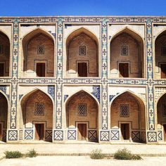 I love this photograph. These are privy cells of the madrasah in Bukhara. The intrigue of what goes on beyond each door fascinated me as I walked through the hot dry streets of this ancient Silk Road city. The geometry is pretty cool too. I do an occasional about my trip get it here: http://ift.tt/2cjpq5K #bukhara #silkroad #uzbekistan #adventure #travel #throughthekeyhole #geometrygeek