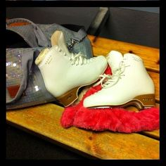 Kiira's skates & bag ♥