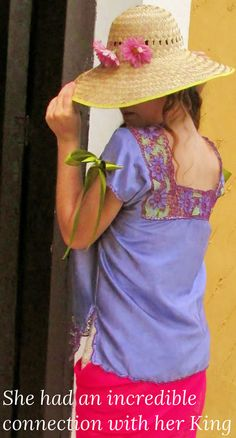 Mexican handmade embroidered blouse, Boho Chic Top, Vintage Style Blouse Bohemiam clothe  This is a precious art work . Handmade on an elegant and soft