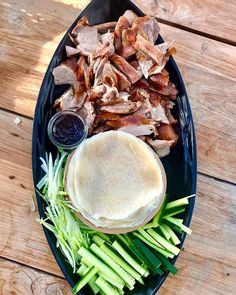 Ok I am sharing my all time biggest secret cheats nibble . Peking Duck Pancakes . Duck from Golden Duck in Newmarket  phone 095204535 . 5 -11 Kent Street they provide the pancakes too you do sadly have to slice the cucumber and spring onions  . Happy weekend everyone #pekingduck #goldenduck #pancakes #cheatfood #bloodydelicous Peking Duck Pancakes, Kent Street, Cheat Meal, Happy Weekend, Onions, Hummus, Great Recipes, Cucumber, Phone