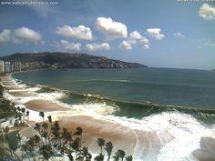 Mar de fondo en Acapulco Guerrero 26 de abril 2014 16:03. (con Audio)