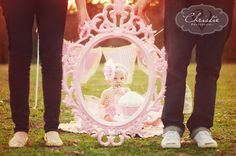 first birthday photo shoot with frame. Lean mirror on tree. 1st Birthday Cake Smash, Twin First Birthday, Baby Birthday, First Birthday Parties, First Birthdays, Cake Smash Photography, Birthday Photography, Photography Ideas, Children Photography