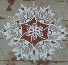 Rangoli Borders, Rangoli Border Designs, Rangoli Patterns, Rangoli Ideas, Rangoli Designs With Dots, Kolam Rangoli, Beautiful Rangoli Designs, Kolam Designs, Mehandi Designs
