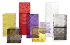 Kartell - Contenitore Optic | Design: Patrick Jouin | Anno: 2005 | Materiali: PMMA | La superficie è decorata da piramidi a base quadrata, leggermente a rilievo che, con la superficie specchiante o trasparente, creano un effetto ottico di grande impatto. | @Karen Artell Official #design #optical