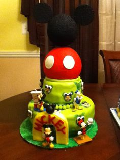 Mickey Mouse cake. Done by my friend Kathy Benavides.