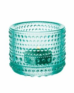 Iittala Candle Holder Water Green: The Kastehelmi Votive was designed by award winning designer Oiva Toikka, who is one of the greatest names in Finnish glass. Green Candle Holders, Tealight Candle Holders, Tea Light Holder, Tea Light Candles, Tea Lights, Design Bestseller, String Of Pearls, Glass Candle, Glass Art