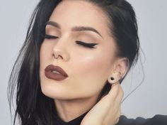 Salem- Linda Hallberg. Simple, yet stunning