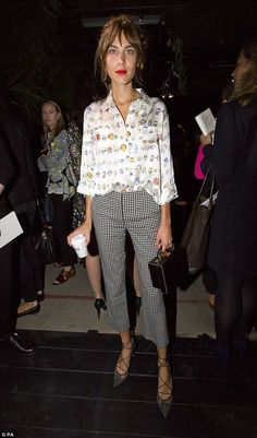 Pixie Geldof supported by Daisy Lowe and Alexa Chung at LFW   Daily Mail Online