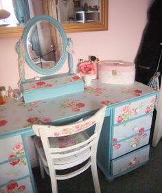 decoupage dressing table