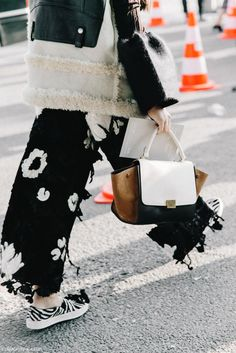 PFW-Paris_Fashion_Week-Spring_Summer_2016-Street_Style-Say_Cheese-Celine-20-790x1185