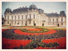 """Festetics-kastély"" Hungary, Louvre, Building, Instagram Posts, Travel, Viajes, Buildings, Trips, Traveling"