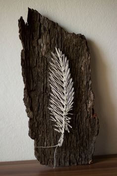 String Art Feather • Free tutorial with pictures on how to make string art in under 180 minutes