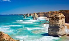 Great Ocean Road: uma das estradas mais lindas do mundo, na Austrália. Cenários estonteantes, praias e o lindo Parque Nacional Twelve Apostiles, com falésias e formações rochosas que formam uma das imagens mais lindas da natureza