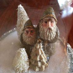 Vintage Inspired SANTA Bottle Brush Trees Bell CLOCHE Christmas Ornament Stand