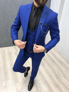 Product: Slim-Fit Vest Suit  Color Code: Sax  Size: 46-48-50-52-54-56  Suit Material: 70% wool, 30% poly  Machine Washable: No   Fitting: Slim-fit  Package Include: Coat, Vest and Pants Only