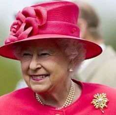 The Queen's such a snappy dresser.