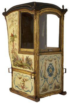 Les Arts Décoratifs - Site officiel - Diaporama - Chaise à porteurs, anonyme, décor attribué à Christophe Huet, Paris, vers 1750