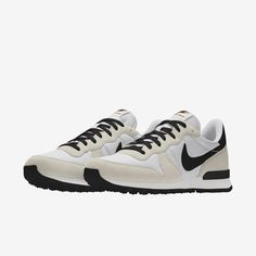 Nike Internationalist, Nike Air Shoes, Nike Shoes Outfits, Teacher Shoes, Your Shoes, Sneakers Fashion, Me Too Shoes, Nike Men, Spring Clothes