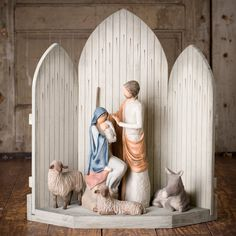 There are more pieces???  I must have them!!!  This is Willow Tree - I have Joseph & Mary, he stands over a foot high!  Now I need the crèche, donkey, and sheep!