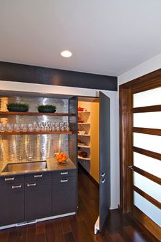 1000 Images About Walk In Pantry And Laundry Combinations