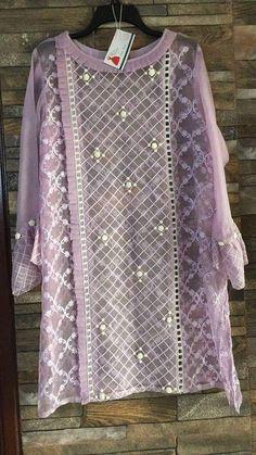 Simple Pakistani Dresses, Pakistani Fashion Casual, Pakistani Dress Design, Pakistani Outfits, Stylish Dress Designs, Stylish Dresses For Girls, Designs For Dresses, Casual Dresses, Tunic Designs