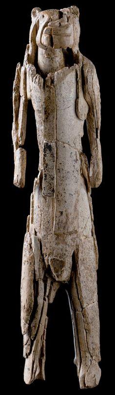 der Löwenmensch, schwäbische Alb, ca. 30.000 bis 40.000 Jahre alt!