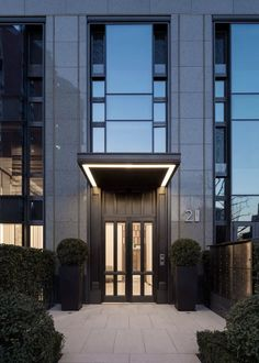 Creating unique and exclusive design details for hotel doors. Find our world of … - hotels Homepage Entrance Design, Entrance Gates, Facade Design, Door Design, Exterior Design, Marquise, Hotel Door, Facade Architecture, Hotel Design Architecture