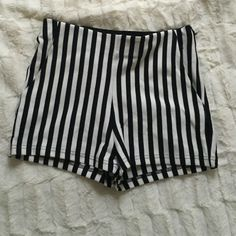 Reposhing  Beautiful high rise shorts! Previously posted, but then realized the stitching was loose on the left pocket. Price reflects. Not from listed brand. Nasty Gal Pants