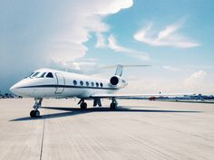 1988 Gulfstream G-IV S/N 1074 - LuxuryProductsOnline