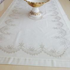 Photo from turkish__home Crochet Tablecloth, Filet Crochet, Hand Sewing, Hand Embroidery, Diy And Crafts, Cross Stitch, Instagram, Friends, Ideas