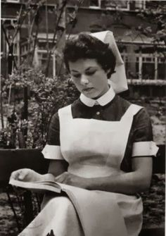 When nurses were smart in uniform!