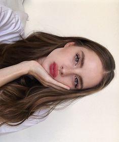 Beauty Make-up, Beauty Hacks, Hair Beauty, Aesthetic Makeup, Aesthetic Girl, Eye Makeup, Hair Makeup, Selfie Poses, Grunge Hair