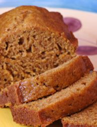 Pumpkin Apple Bread - i can't wait for fall.