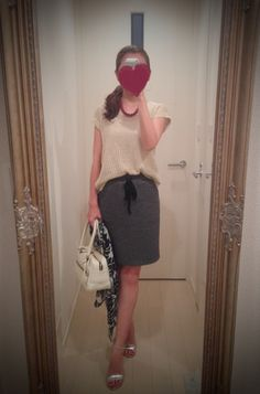 Beige mesh shirt with gray skirt and white bag, silver heels - http://ameblo.jp/nyprtkifml