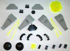 > > > $20.50 < < < #LEGO 6900 6999 Cyber Saucer Space Alien 3960 4590 30019 2569 yellow antenna