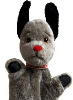 I always preferred Sweep to Sooty. i love love love love sweep! 1980s Childhood, My Childhood Memories, Sweet Memories, Retro Toys, Vintage Toys, 1980s Toys, Vintage Music, Kids Tv, 80s Kids