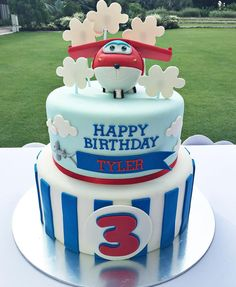 Finale of the day! Tyler's gorgeous Super Wings birthday cake from Thank you for making this little boy's dreams come… Airplane Birthday Cakes, 4th Birthday Cakes, Boy Birthday Parties, Airplane Party, Fondant Cakes, Cupcake Cakes, Cupcakes, Mini Cakes, Bolo Panda