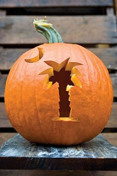 Get your carving tools out, because we have lots of easy pumpkin carving ideas—from spooky to jolly—to make your house Halloween ready. Batman Pumpkin Carving, Pumpkin Carving Contest, Amazing Pumpkin Carving, Pumpkin Art, Pumpkin Ideas, Simple Pumpkin Carving Ideas, Pumpkin Designs, Pumpkin Template, Pumpkin Carving Templates