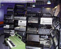 1,300 synthesizers in one room!
