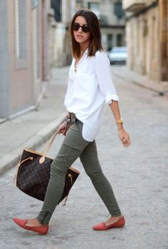 While shopping for a classic white button down, I look for a number of specific things first. Classic pinstripes are […] Button Down Shirt Outfit Casual, White Shirt Outfits, White Button Down Shirt, Preppy Outfits, White Shirts, Fall Outfits, Cute Outfits, White Blouses, Classic White Shirt