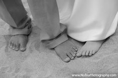wedding beach photo idea