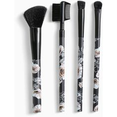 Torrid Makeup Brush Set ($19) ❤ liked on Polyvore featuring beauty products, makeup, makeup tools, makeup brushes, beauty, makeup brush, blender brush, makeup blending brush, eyeshadow brushes and makeup powder brush