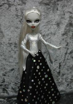 Fantasy style gown for monster high dolls by moonsight68 on Etsy, $20.00
