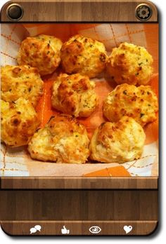 """Red Lobster"" Cheddar Bay Biscuits"
