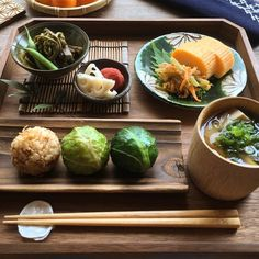 Japanese Food Sushi, Japanese Kitchen, Japanese Dishes, Sushi Recipes, Asian Recipes, Healthy Recipes, Asian Cookbooks, Brunch, Exotic Food