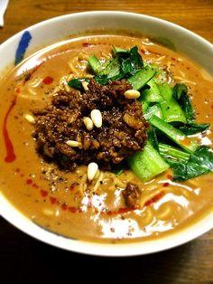 自家製ガラスープを作ったので、久しぶりの担々麺、スープが麺に絡んで美味しかったですヾ(@⌒ー⌒@)ノ - 91件のもぐもぐ - 濃厚担々麺 by dodonsan